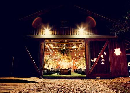 bohemian-barn-wedding-sophisticated-garden-party-018